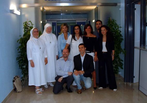 Suor Rosaria e staff del Servizio di Endoscopia