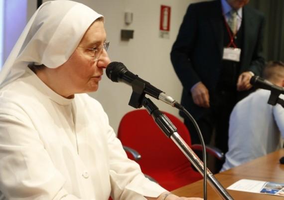 Reverenda Madre Superiora Suor Arcangela